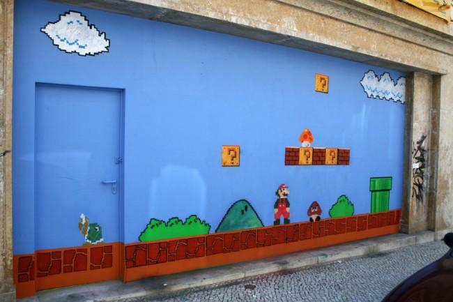 Super Mario Bros in Lisboa  Stick2Target  Street Art  Graffiti